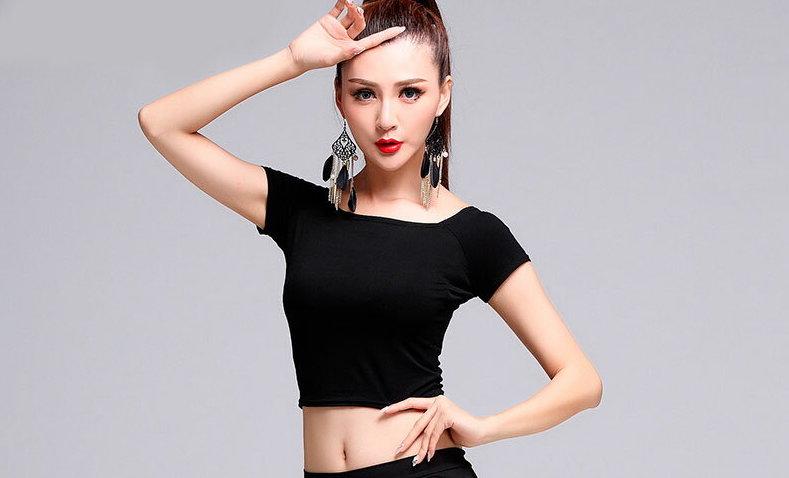 高品質でリーズナブル!社交ダンス衣装におすすめの通販サイト6選